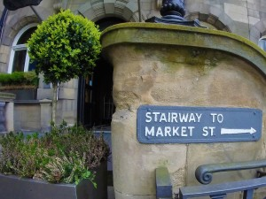 This way to Market St