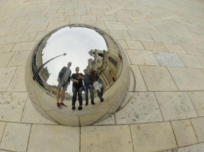 Mirror of Friends